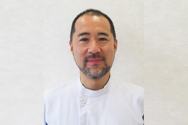 歯科医師 福辻 智